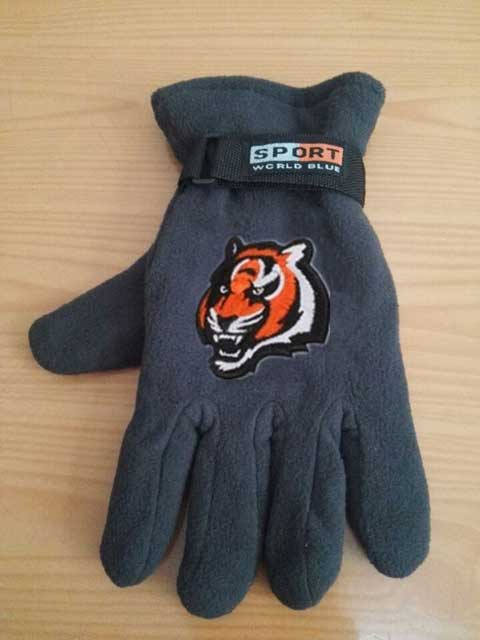 Cincinnati Bengals NFL Adult Winter Warm Gloves Dark Gray