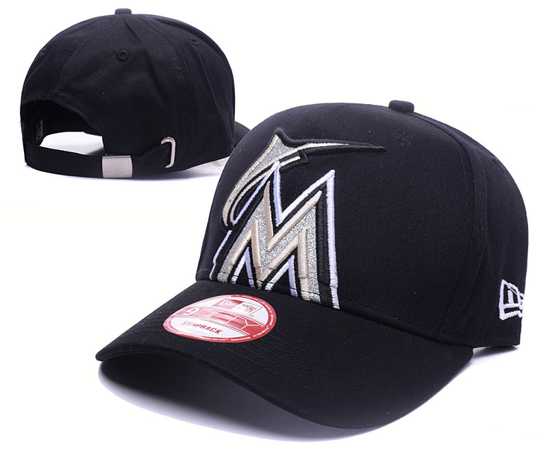Mariners Fresh Logo Black Shine Adjustable Hat GS